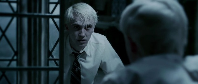 draco-in-the-bathroom