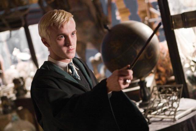 draco-with-his-wand